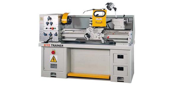 manual-lathe-590-by-288